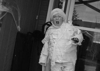 2009 logans mummy costume bw 2- dana newsom