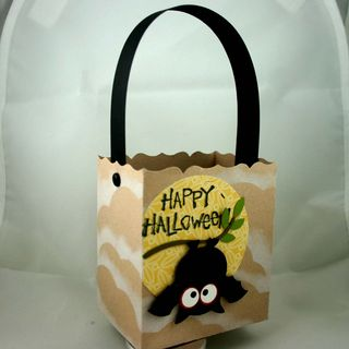 Halloween bat bag side- dana newsom
