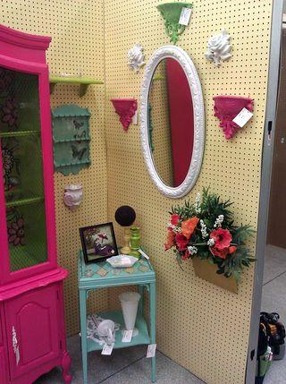 Booth right corner